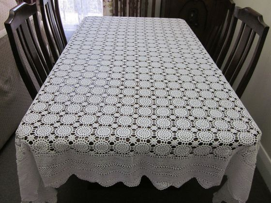 Vintage Snow White Rectangular Crochet Lace Tablecloth 225 Cms By